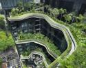 Őserdő-felhőkarcoló épült Szingapúrban